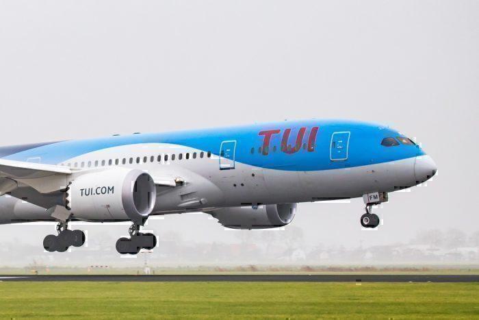TUI, Boeing 787, Dusseldorf