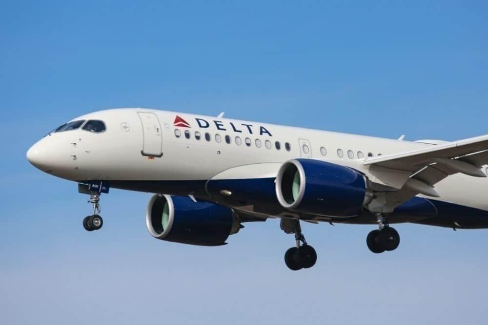 Delta A220