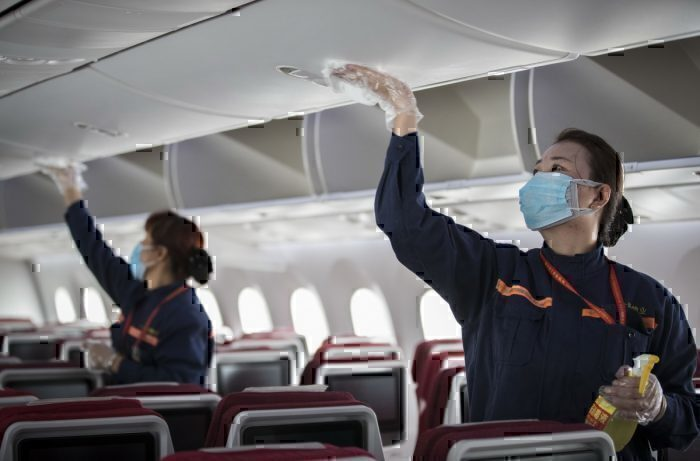 Cleaning plane