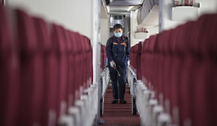 Cleaning a plane