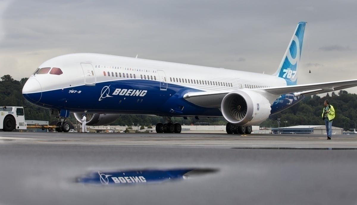 Boeing 787 on the ground
