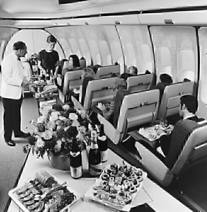 Getty BOAC first class 747 cabin