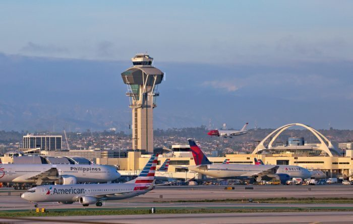 American and Delta Planes at LAX