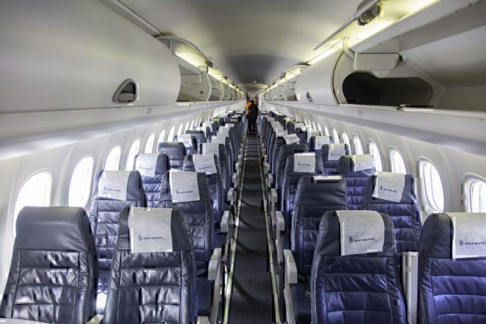 Dash 8 cabin