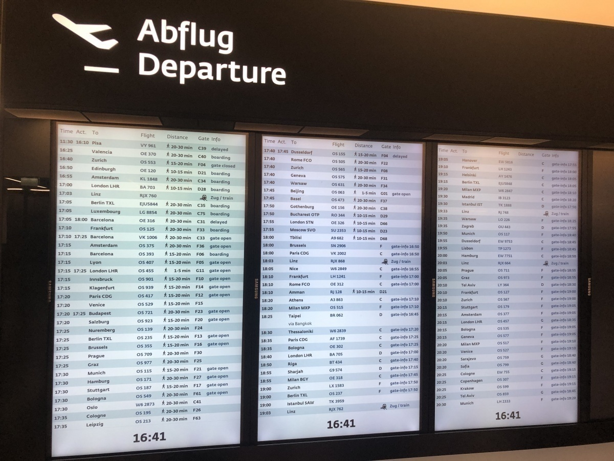 Vienna airport departure board Austrian Airlines