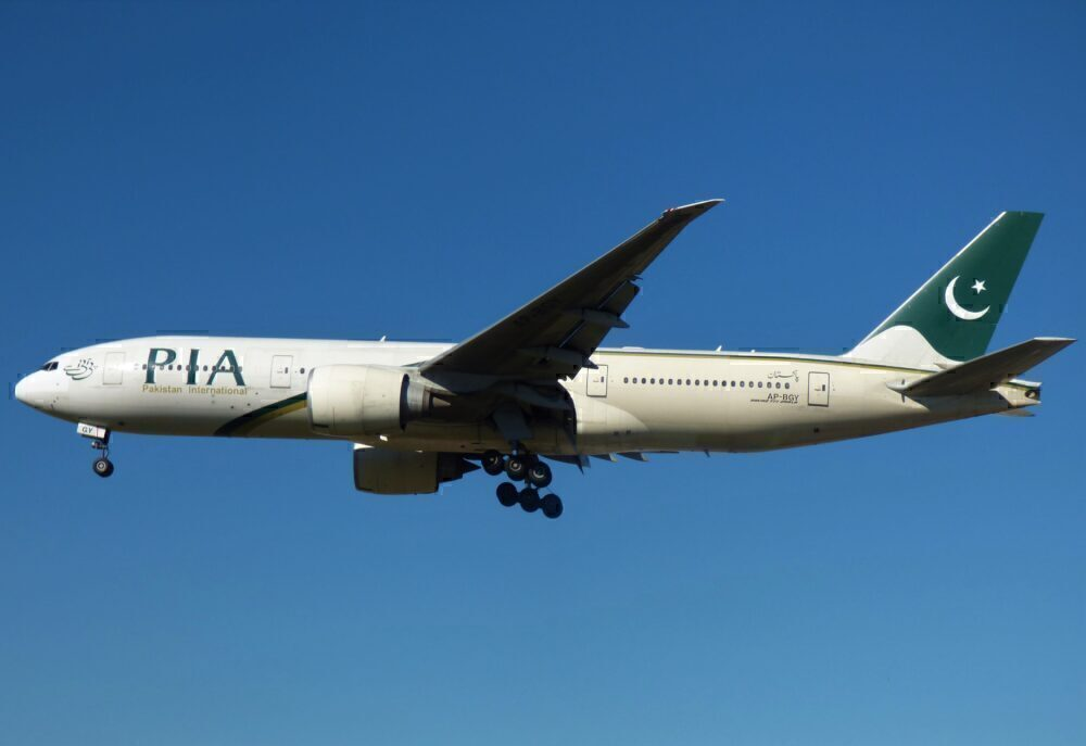 Jake Hardiman PIA Boeing 777 London Heathrow