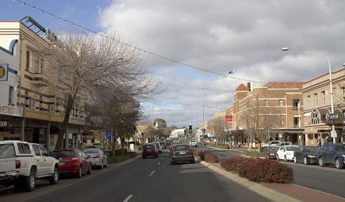 qantaslink-sydney-orange