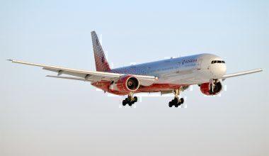 Rossiya,_EI-UNN,_Boeing_777-312_(32182478212)
