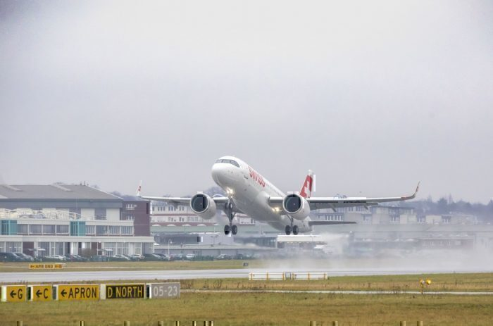 Airbus A320neo, SWISS, First Neo