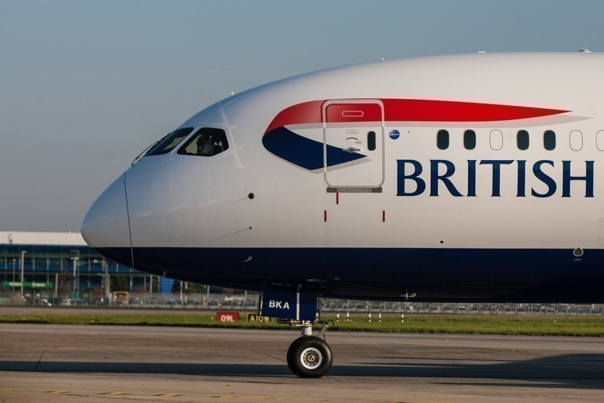 Here's Why British Airways Block Out Some Windows On Aircraft - Simple Flying