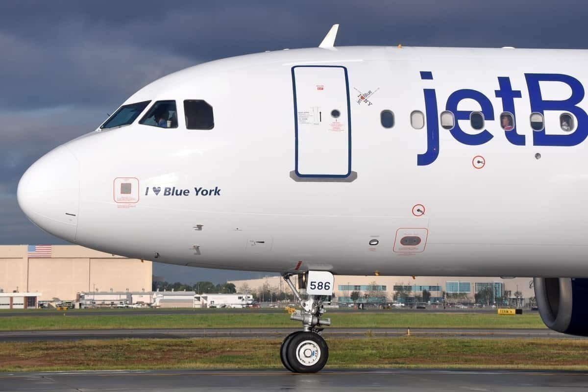 jetblue will not fill its flights for the foreseeable future mimic news mimic news