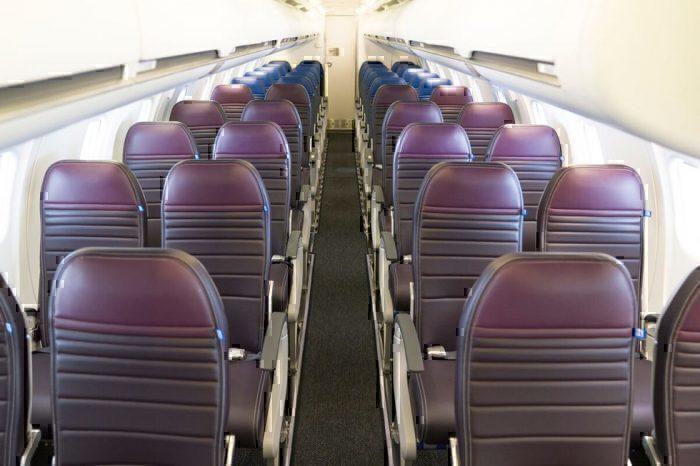 United CRJ550 Economy