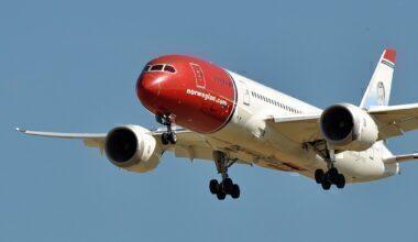 1200px-Norwegian_Long_Haul,_Boeing_787-8_Dreamliner,_LN-LND_-_CDG