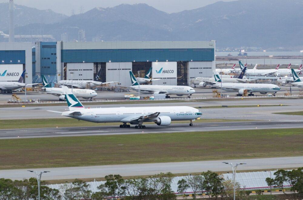 Cathay Pacific 777 Runway
