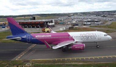 Wizz Air takeoff