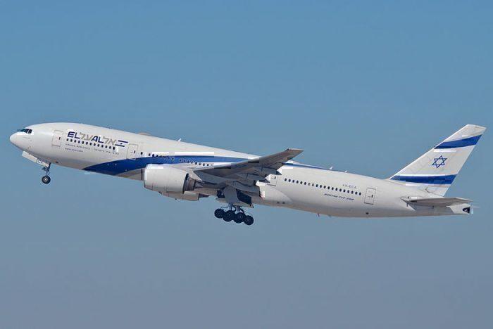 800px-El_Al_Boeing_777-258ER;_4X-ECA@LAX;11.10.2011_623lo_(6905388954)