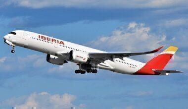Iberia_Airbus_A350-941XWB_EC-NDR_departing_JFK_Airport