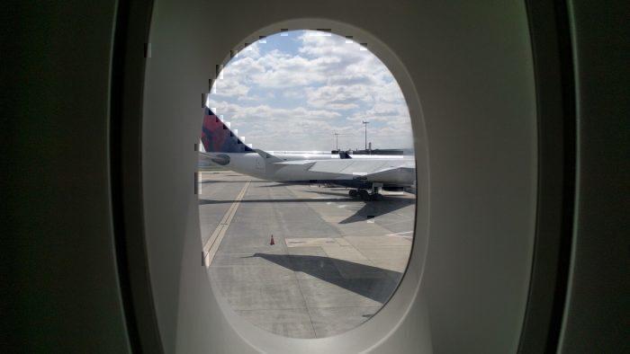 A380 windows