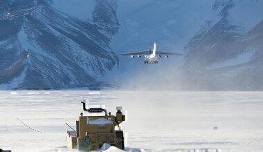 blue-ice-runway