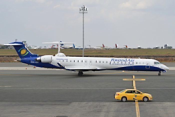 RwandAir Bombardier CRJ-900