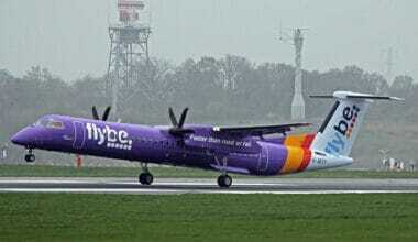 G-JECY_1_Bombardier_Dash_8Q-402_FlyBe(new_livery)