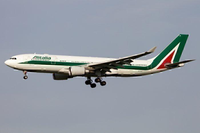 Alitalia Adds Airbus A330 Service To London Amid Repatriation Flights
