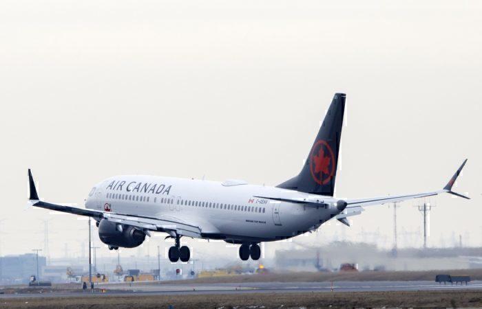 Boeing seeking 'tens of billions' in U.S. government loan-guarantees