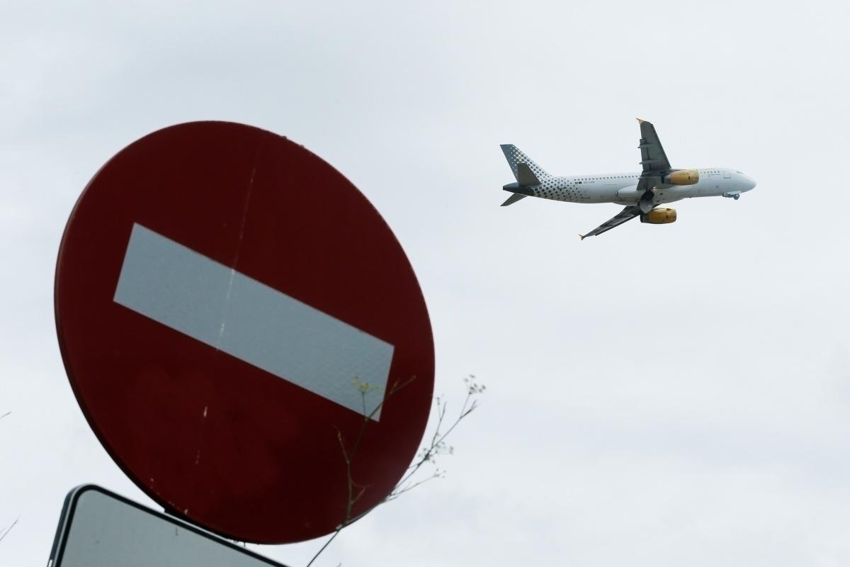 EU flight travel ban coronavirus