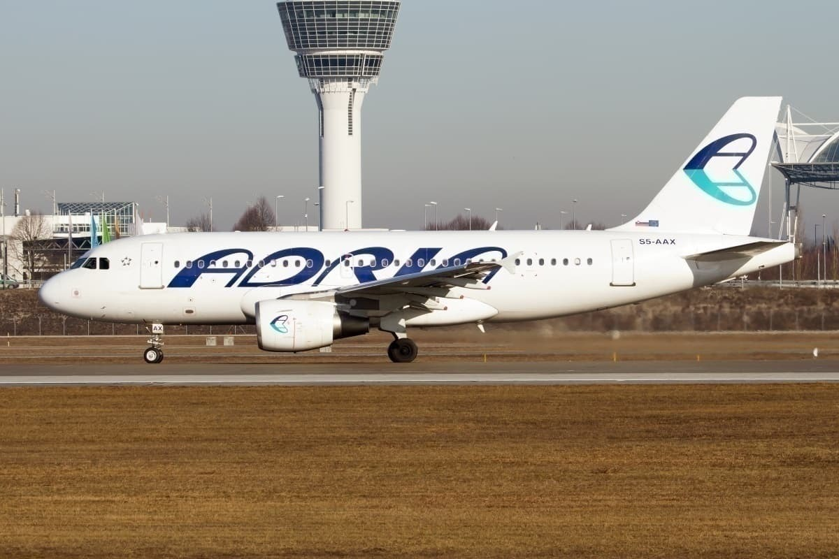 Adria Airways A319