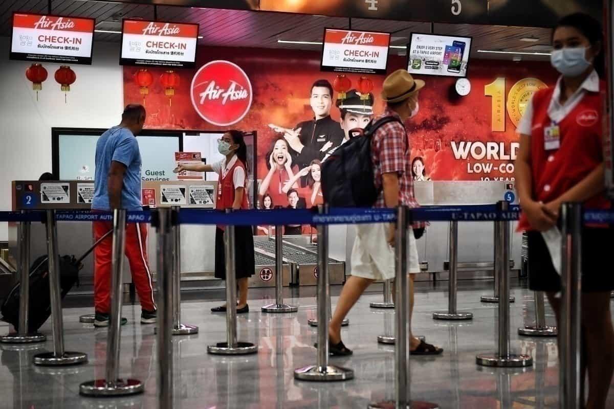 AirAsia check-in desk