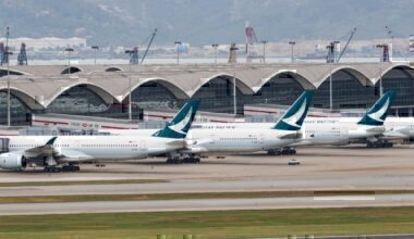 cathay at hong kong airport