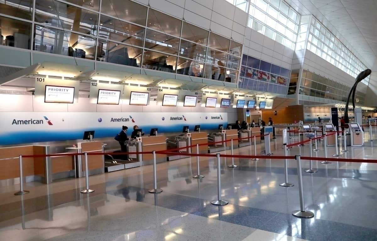 American Airlines aiport counter