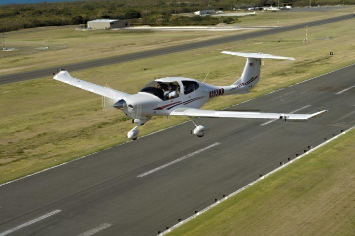 Diamond DA40 draws flight path stay home