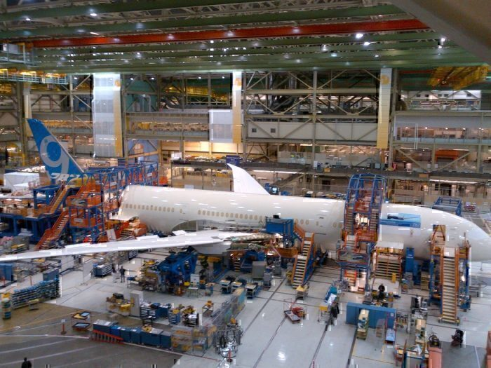 Boeing suspends production in Washington state facilities
