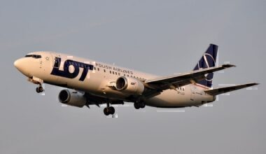 LOT Polish Airlines Boeing 737-400