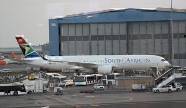 1200px-South_African_Airways_Airbus_A350-900