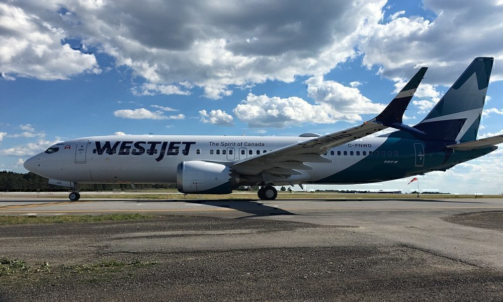 WestJet MAX 8