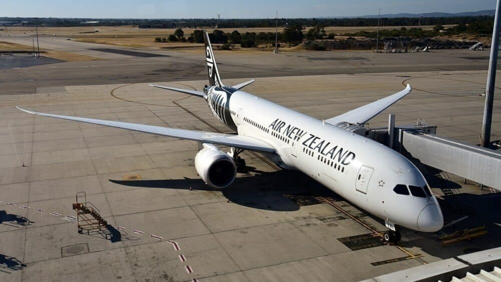 Air-New-Zealand-eighty