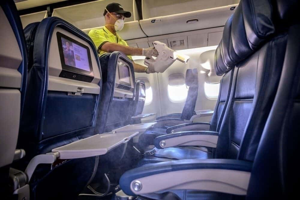 should airlines be blocking the middle seat