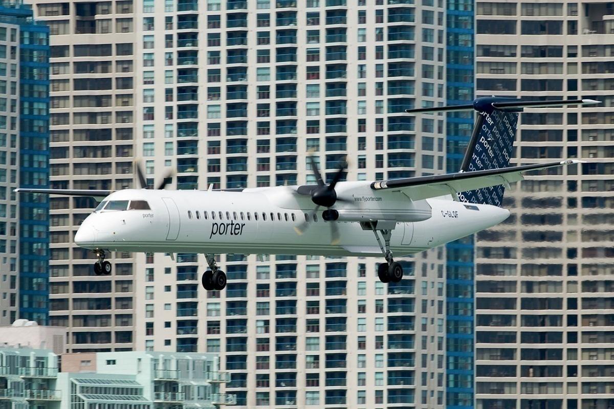 Porter_Airlines.Dash-8.YTZ