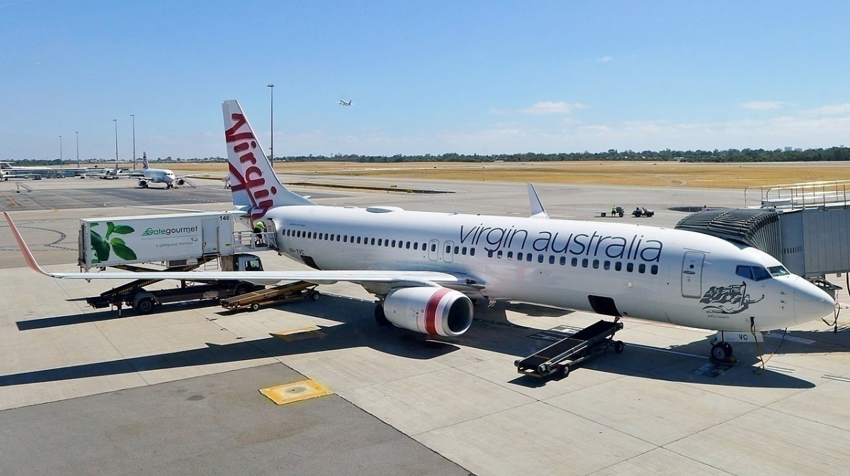 Japan-Airlines-Los-Angeles-Hazmat Virgin-owes-billions