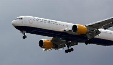 Icelandair 767
