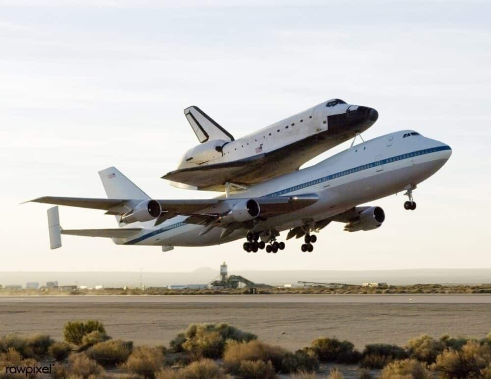 NASA 747 space shuttle