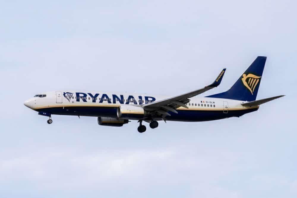 Ryanair, Liberia, 7-hour flight
