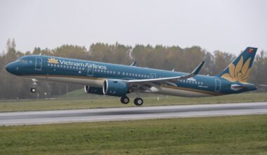 A321neo Vietnam Airlines take off