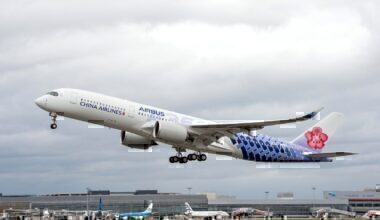 A350-900-China-Airlines-MSN239-take-off