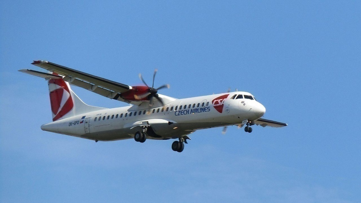 ATR_72,_Czech_Airlines,_OK-GFO