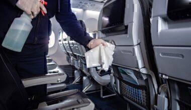 American Airlines, Facemasks, Coronavirus