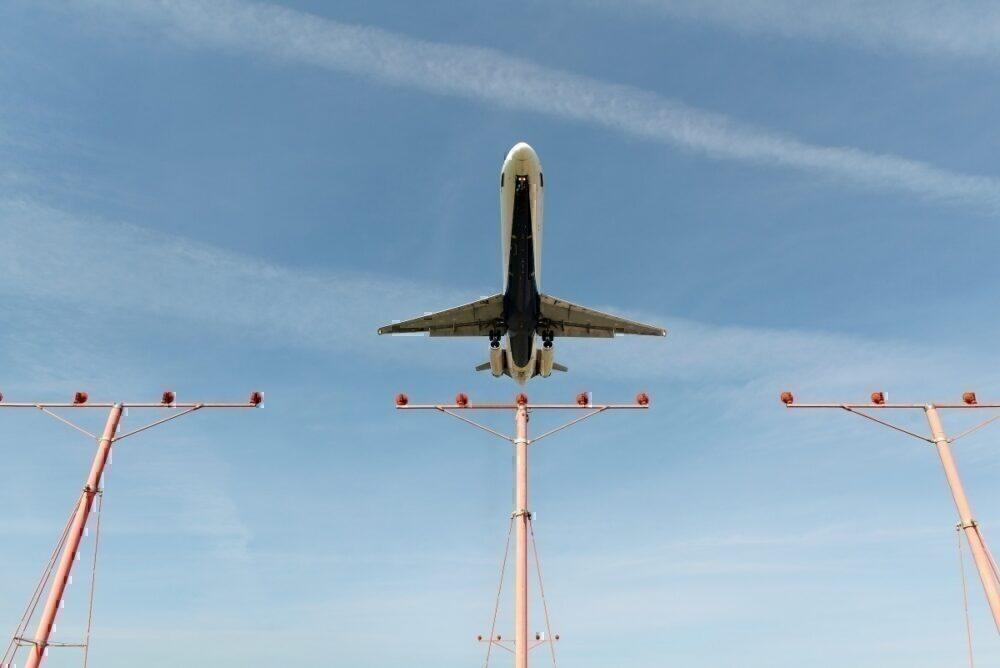 Delta MD-80