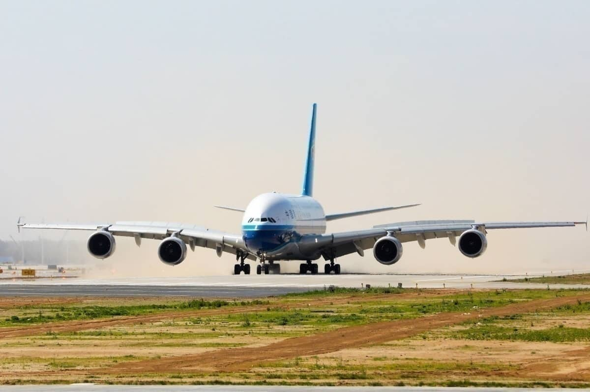 Only One Airline Continues To Fly The Airbus A380